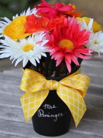 diy-teacher-gifts-flower-pen-bouquet