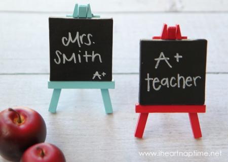 diy-teacher-gifts-mini-art-easel