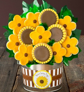 cheryls-buttercream-frosted-sunflower-cookies